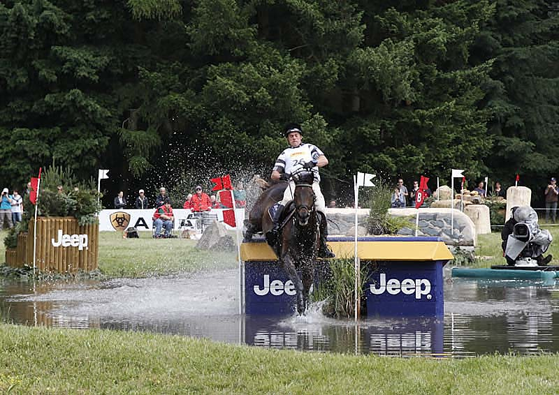 Andreas Osholt GER, So is Et, Jump 19b, Jeep Big Four Station, CCI 4* Luhmühlen 2014