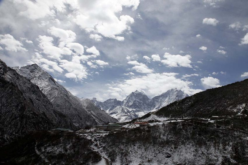 Dudh Kosi Valley from Dhole